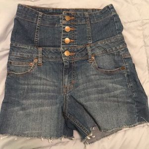 Forever 21 High Waisted Button Up Jean Shorts 26